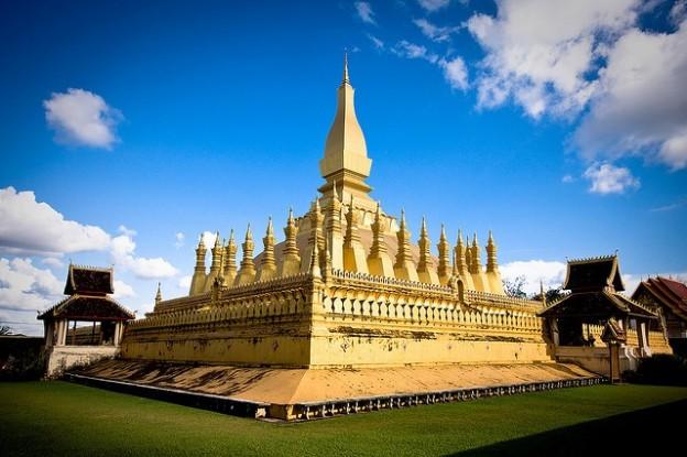 Những lý do khiến bạn mê du lịch Lào