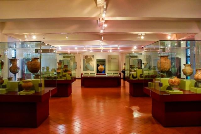 Ghé thăm Bảo tàng Quốc gia Lào