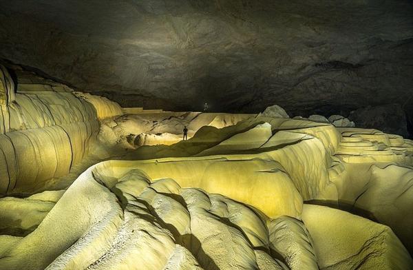 Chiêm ngắm cảnh đẹp hang động nước Lào tuyệt đẹp nhất