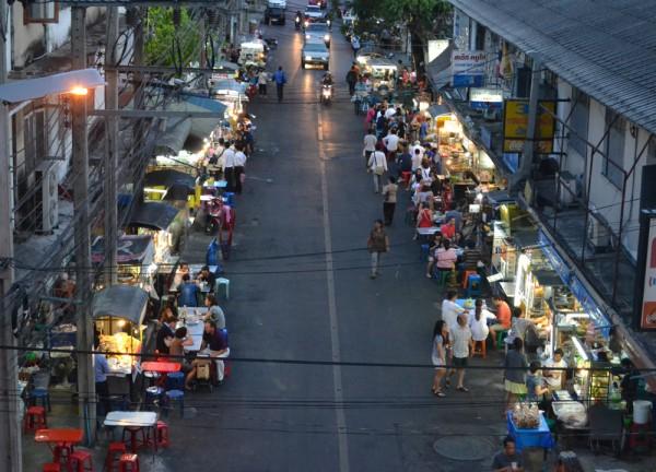 sukhumvit-38-street-food-street