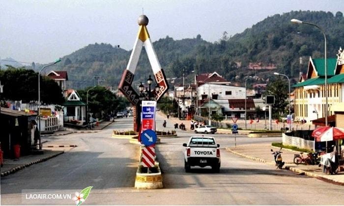 Thị trấn Sầm Nưa Lào
